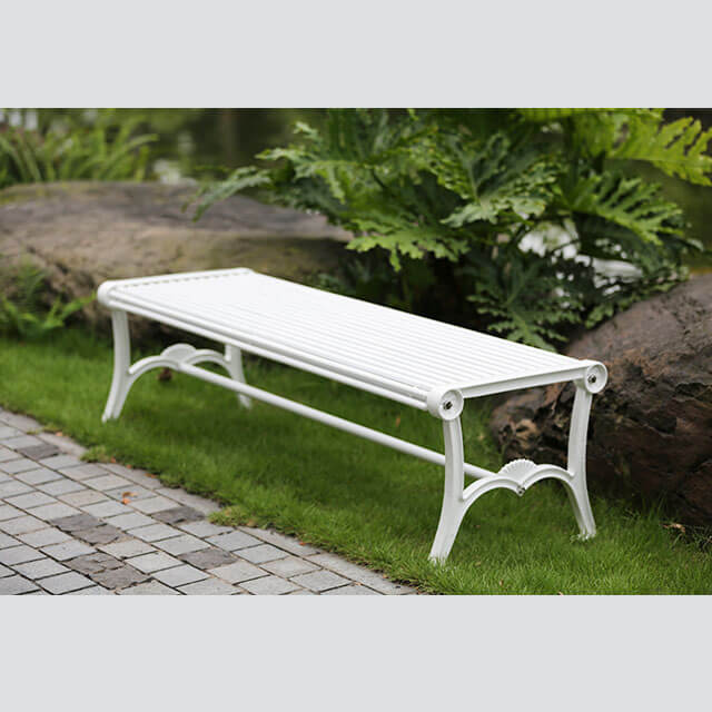 FS24 outdoor park bench