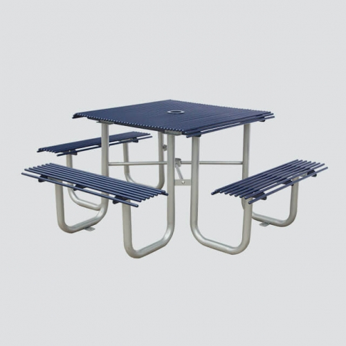 TB23 Outdoor metal table and chairs